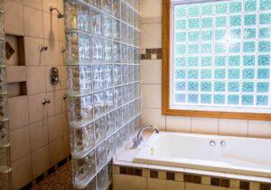 浴槽の水位線が変色している場合の対処法